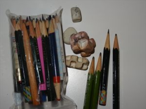 ちびた鉛筆と消しゴム
