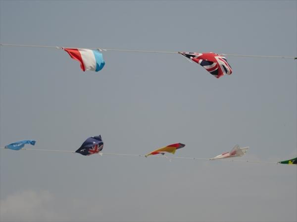 運動会、万国旗イメージ