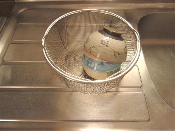 捨て活した水切りカゴのかわり、4人家族のごはん茶碗