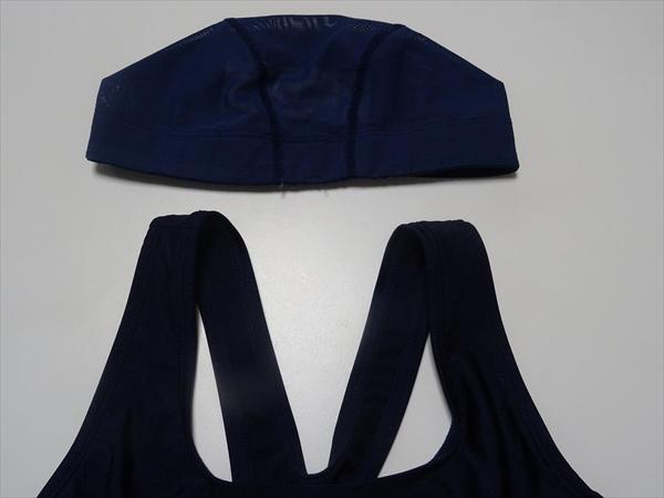 久しぶりの手縫いはスクール水着の肩ひもの縫いつめでした。