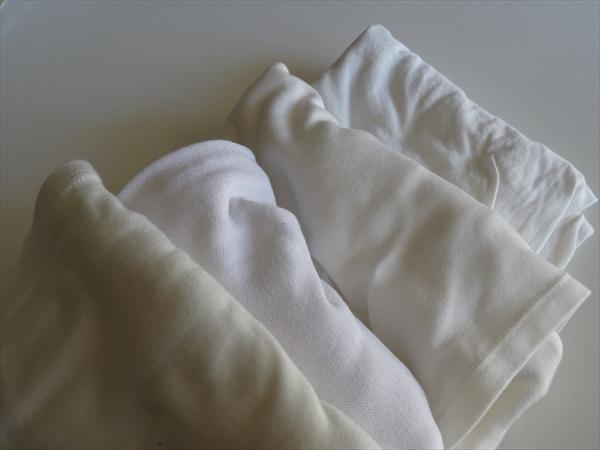 断捨離、子供服、白い服