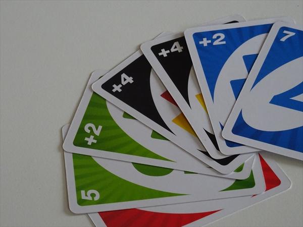 UNO、ウノのカード、イメージ。