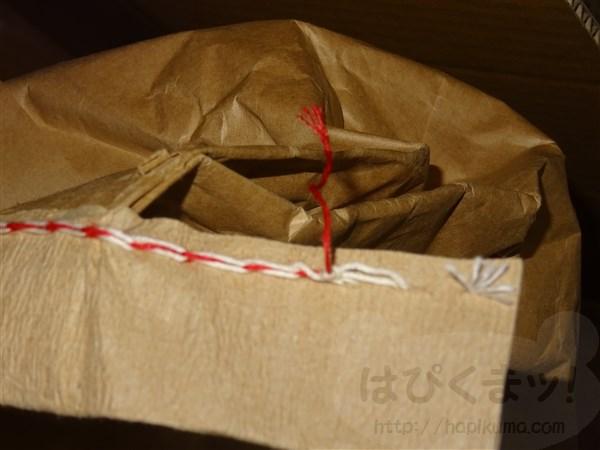 米袋の開け方、米袋の糸抜き