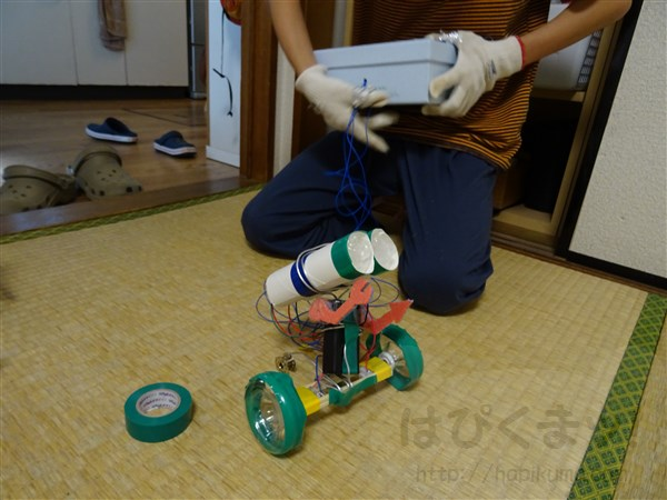 小学生のロボット工作